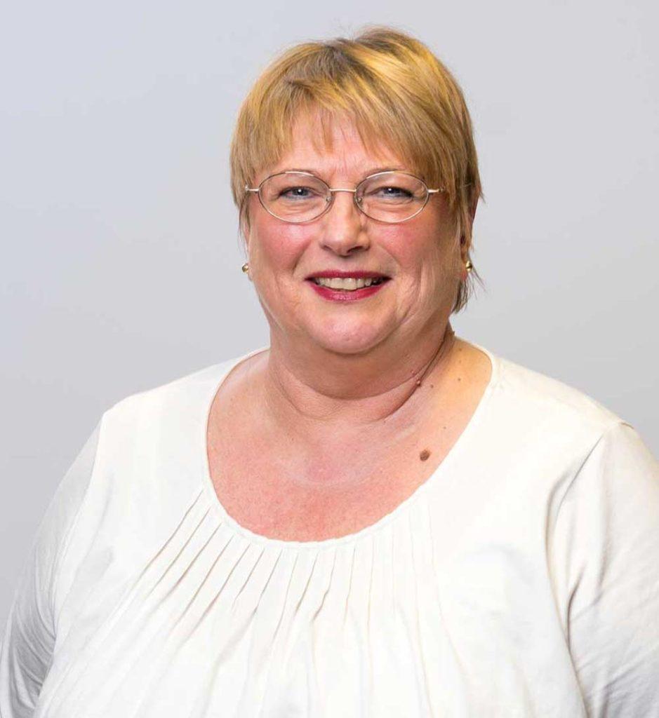 Marta Myer-aposoft